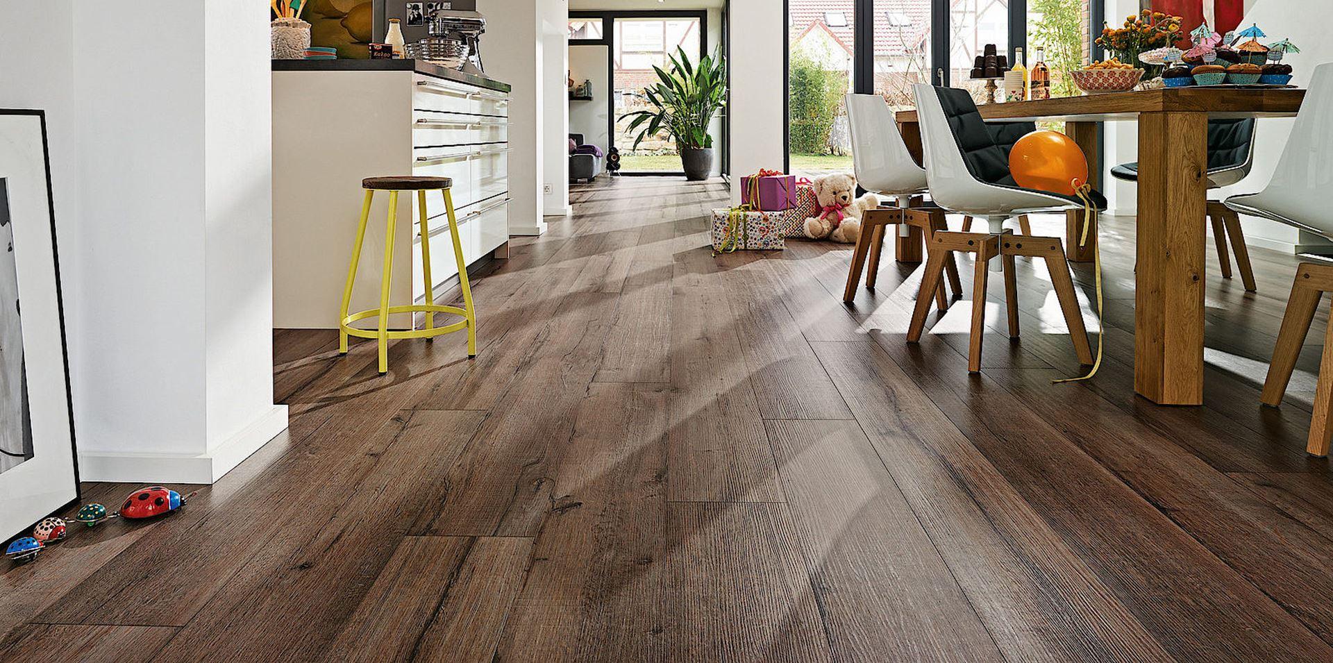 Beulen hout voor interieur lindura - Linoleo suelo ...