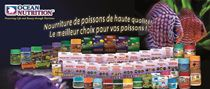 Publicité Gamme Étendue de Nourriture Secs et Congelés